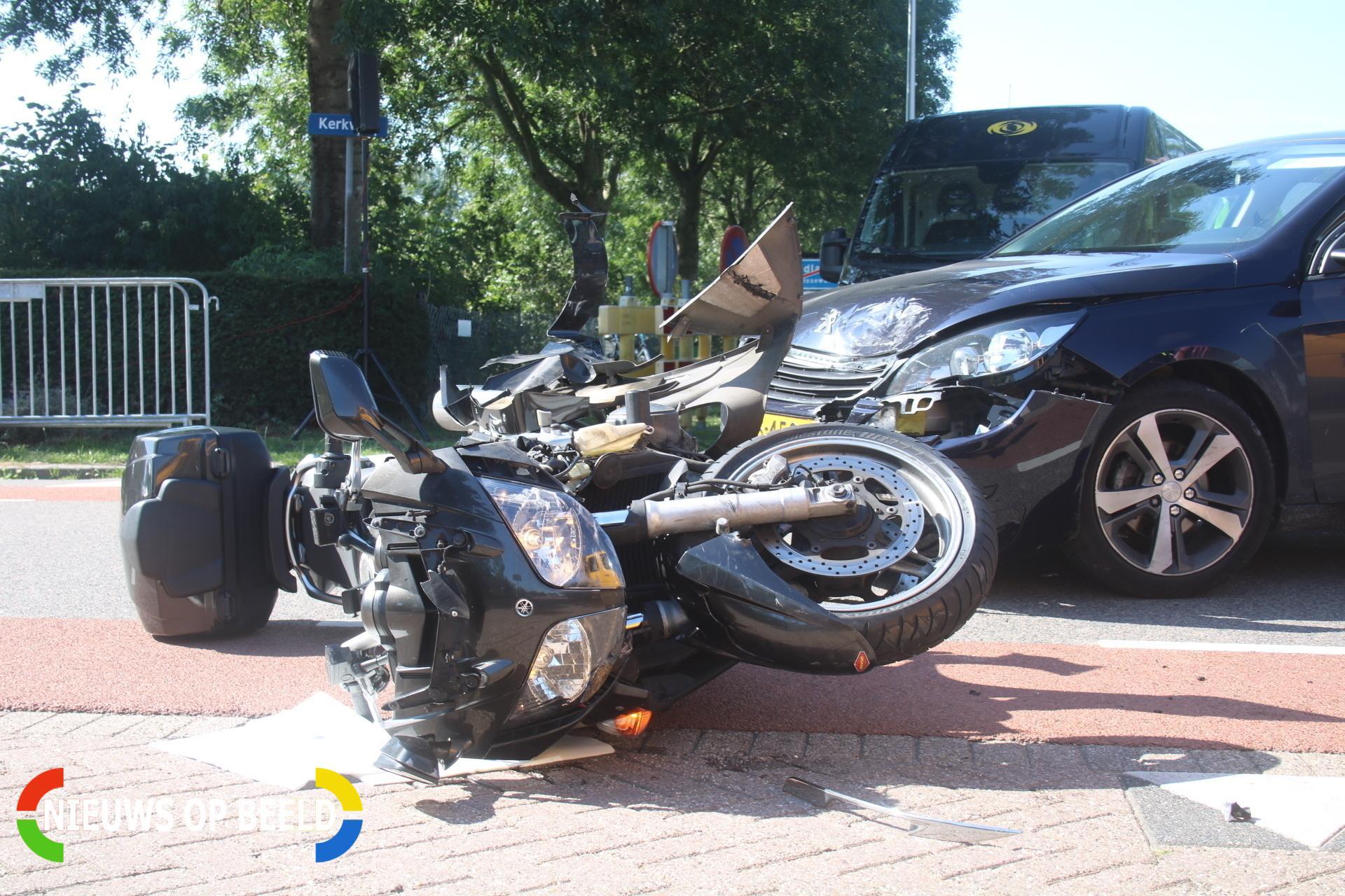 Gewonde motorrijder wacht ruim 20 minuten op ambulance Koekendorpseweg Zuidland