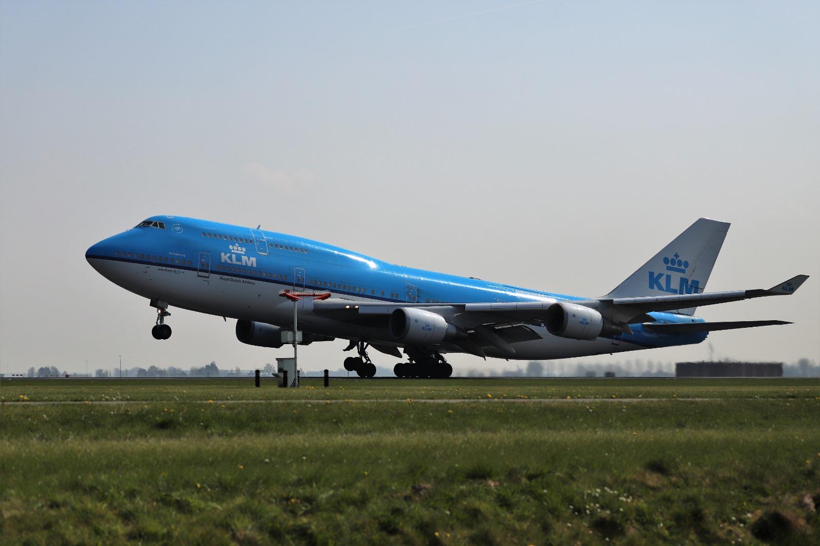 Maandag vertraging op Schiphol; KLM-grondpersoneel staakt
