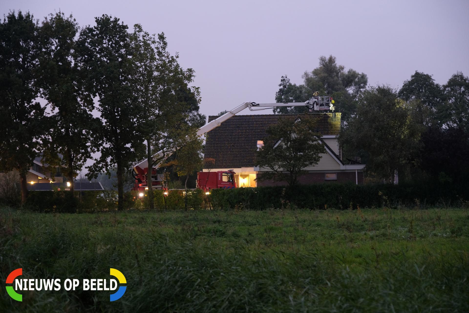 Brandweer druk met schoorsteenbrand Laakweg Nootdorp