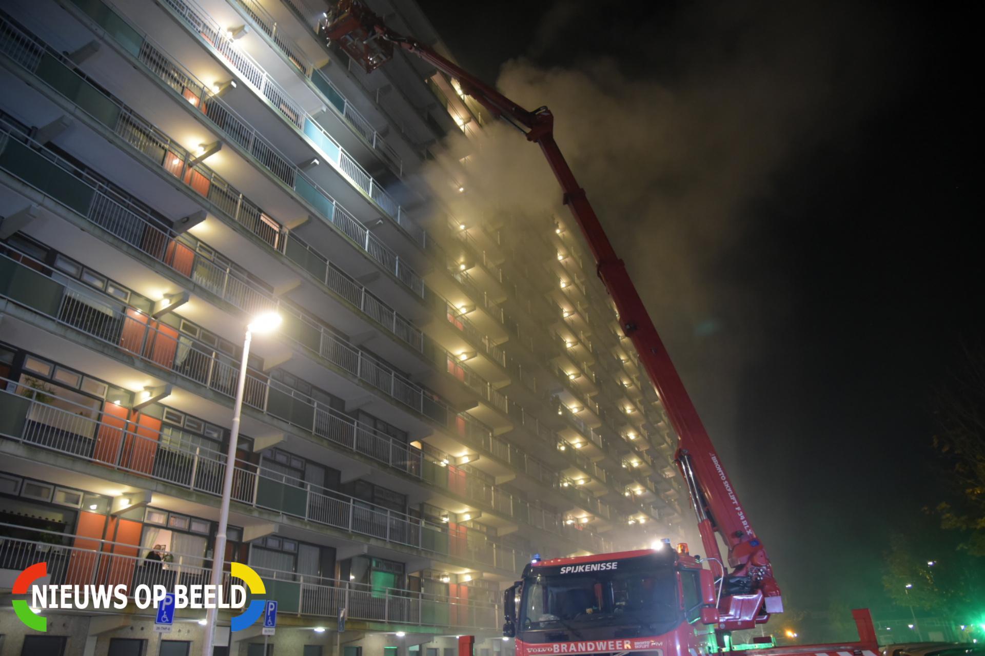Grote brand in flat Botreep Hoogvliet