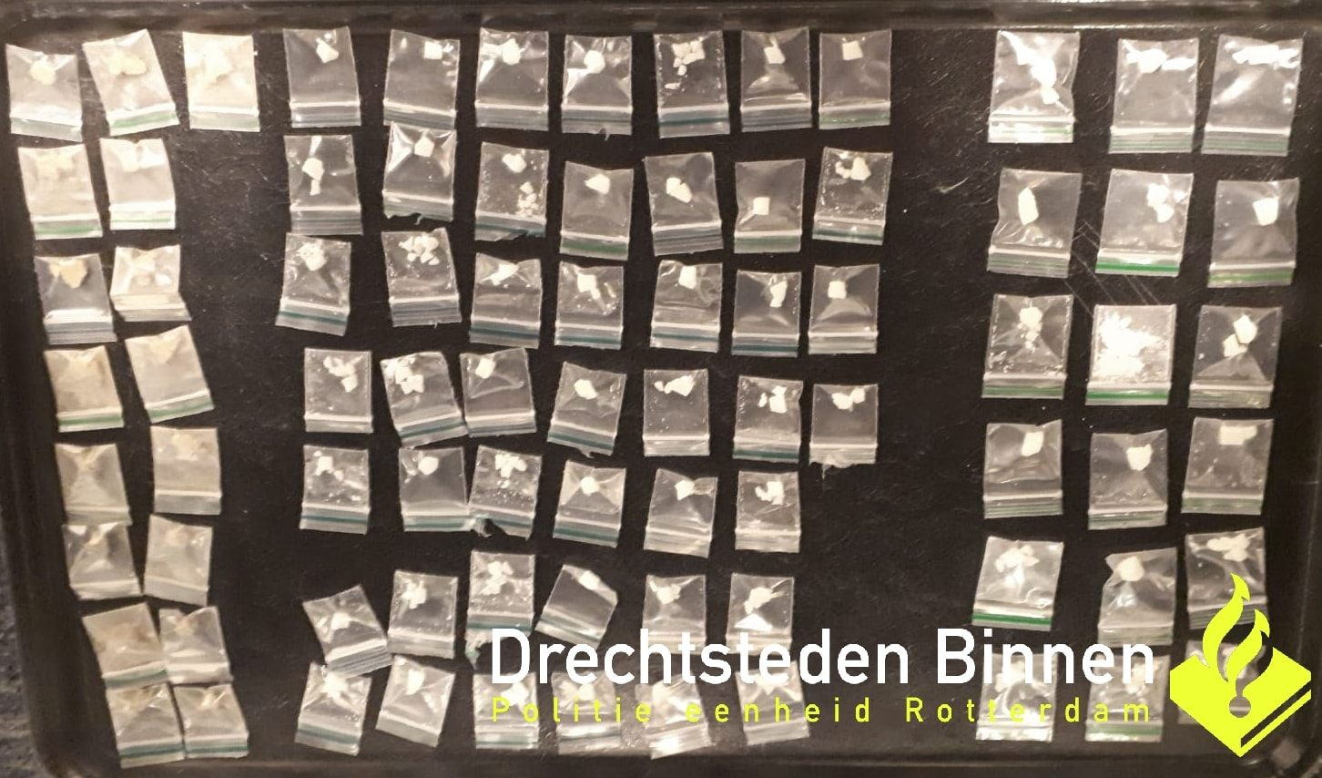 19-jarige aangehouden met 81 zakjes drugs in Dordrecht
