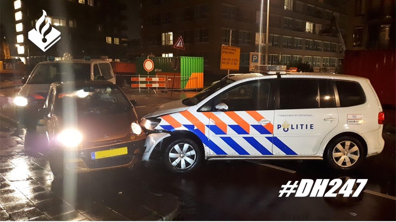 Automobilist rijdt in op politie in Scheveningen