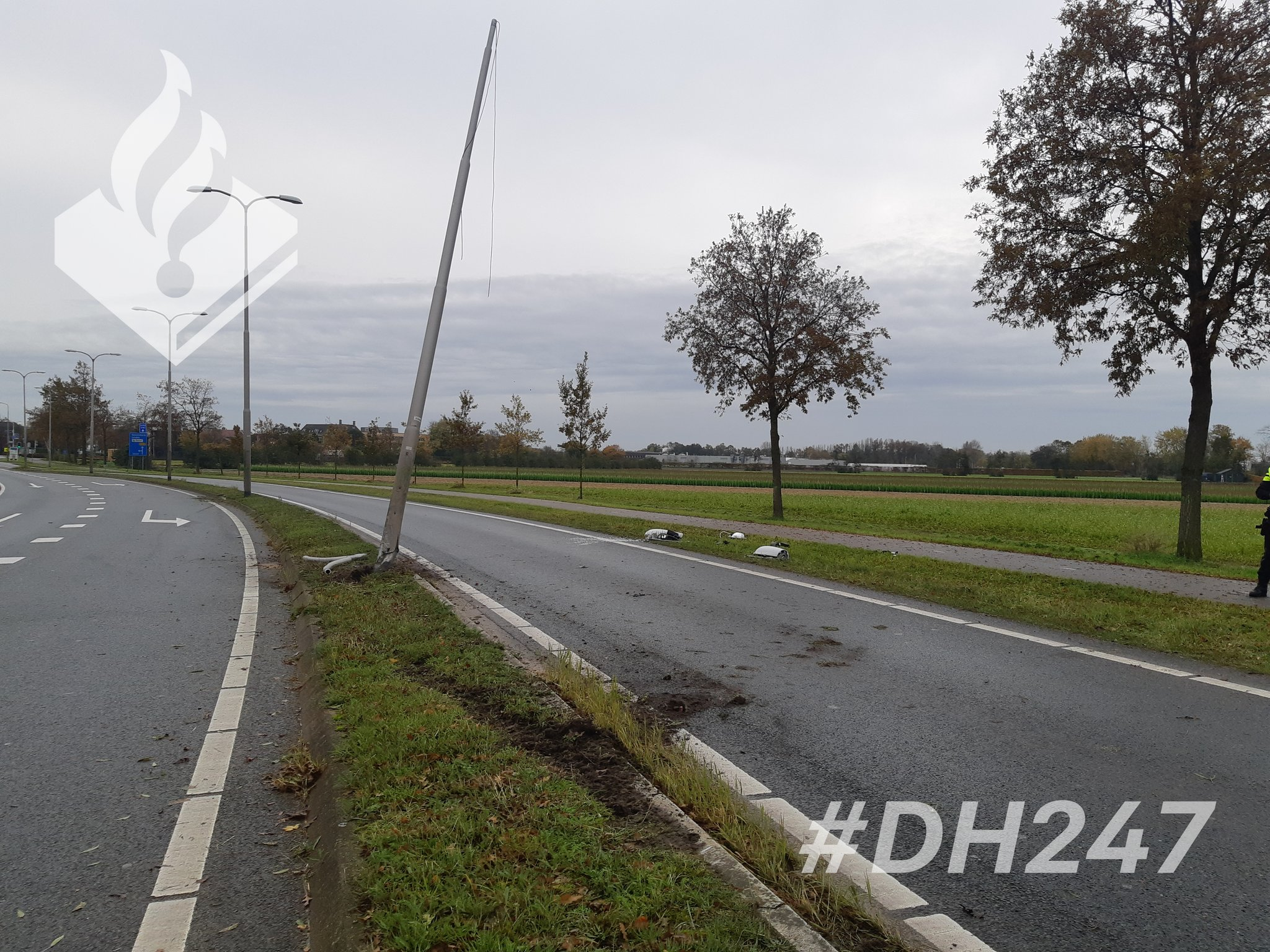 Brokkenpiloot crasht in Lisse met slok op achter het stuur