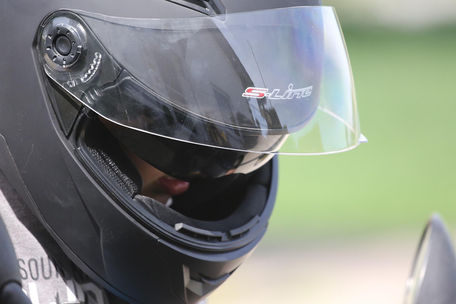 Waarom goede bescherming op de motor, scooter of elektrische fiets zo belangrijk is.