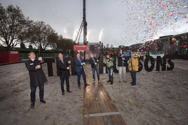 Feestelijke start bouw van stadswoningen The Hudsons in Rotterdam