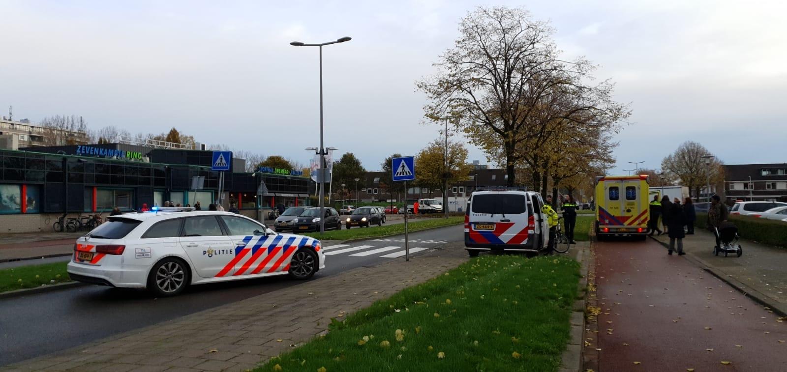 Zwaargewonde na aanrijding op oversteekplaats Zevenkampse Ring Rotterdam