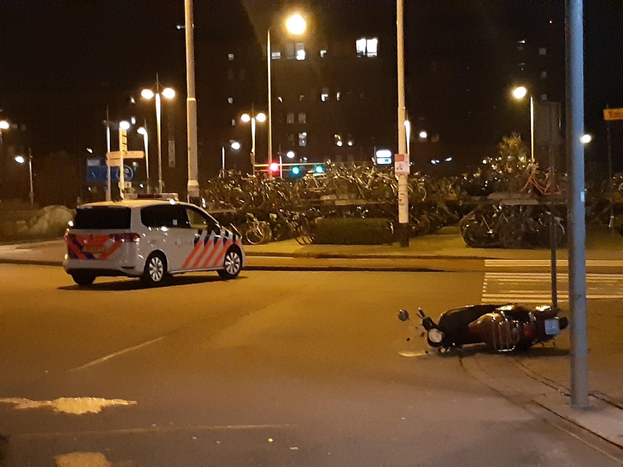 Scooterboefjes 14 en 16 gepakt door politie, moeder dacht zoon in bed lag Leiden