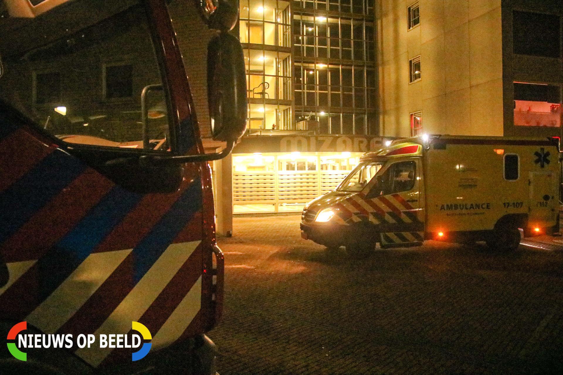 Persoon in woning flauwgevallen, mogelijk vergiftigd Mizarstraat Spijkenisse
