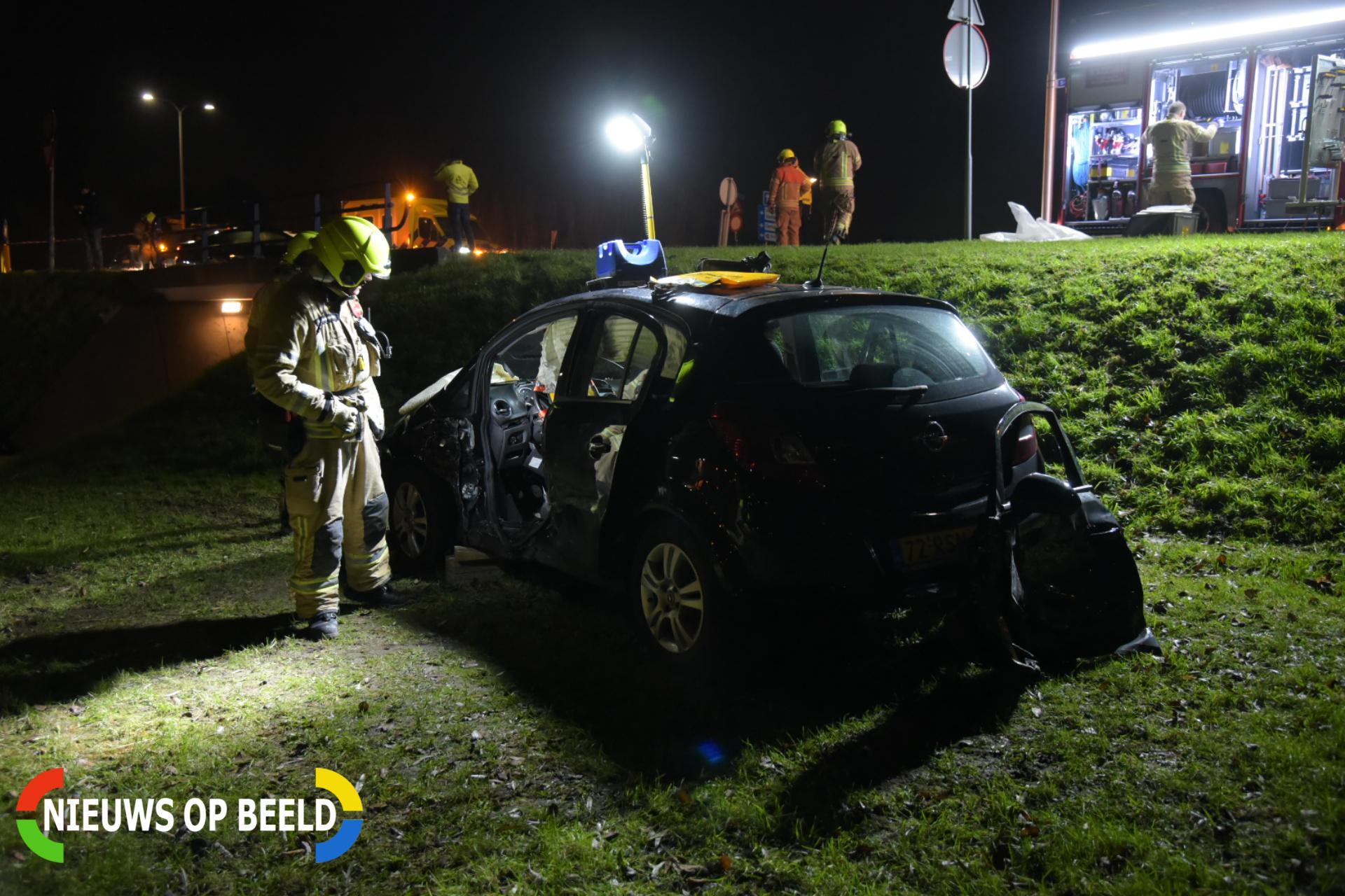 Meerdere gewonden na ernstige aanrijding Voordijk Barendrecht
