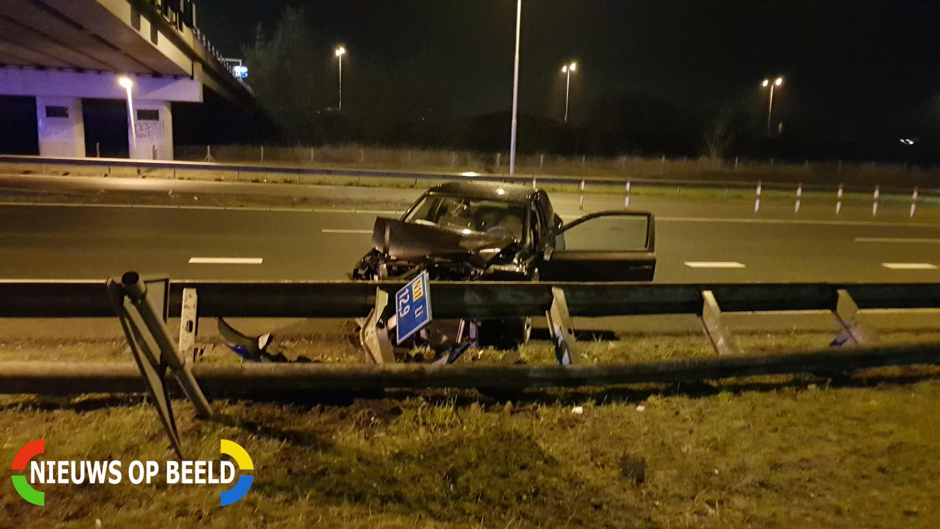 Flinke schade bij eenzijdig ongeval N11 Alphen aan den Rijn