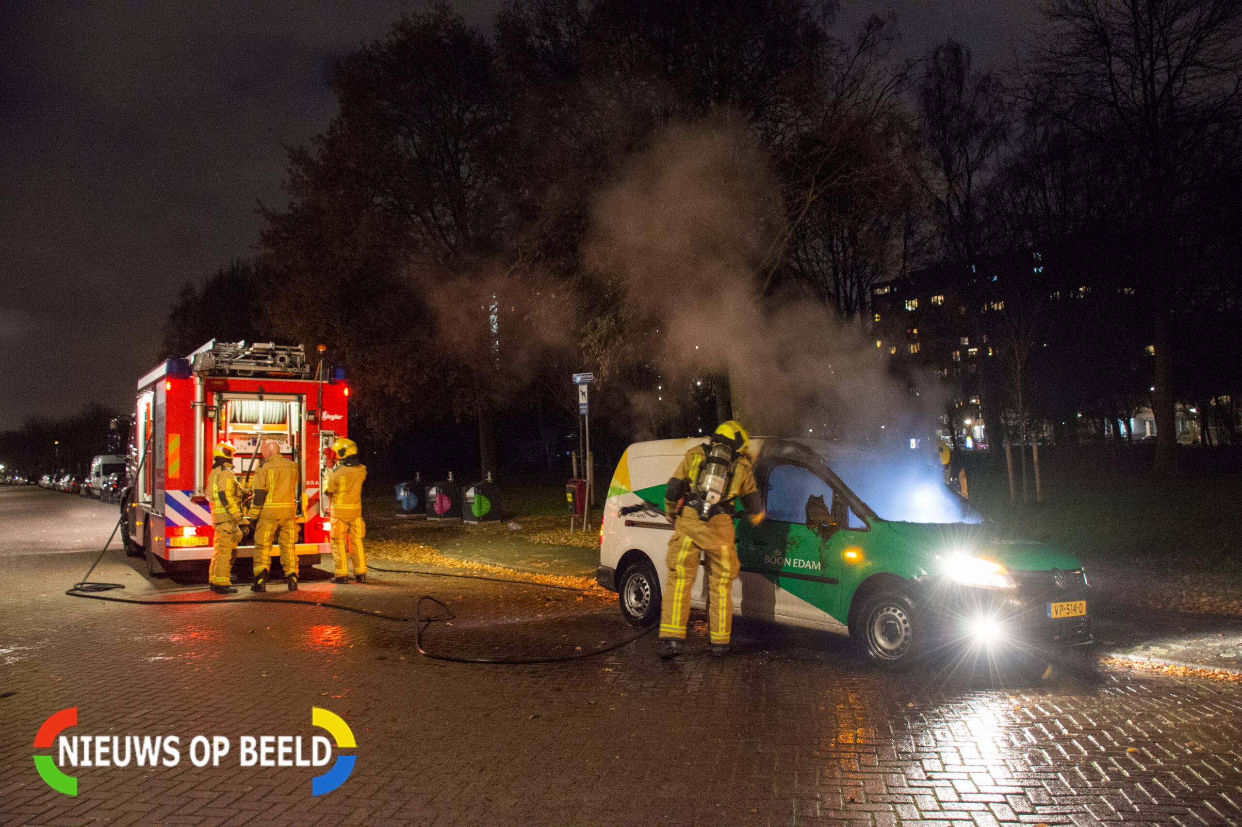 Bedrijfsbusje uitgebrand in Voorburg