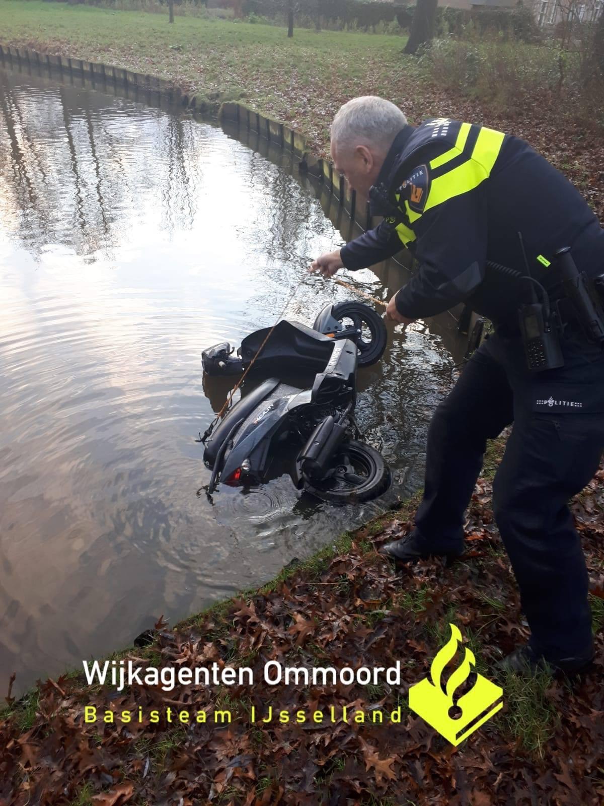 Gestolen scooters snel teruggevonden Rotterdam Ommoord