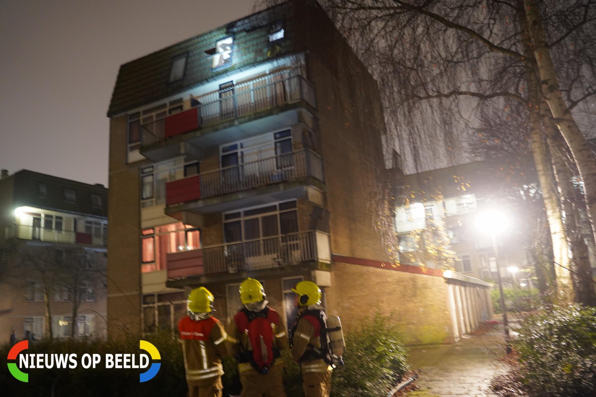 Brand op dak van woning Generaal van der Heijdenstraat Rotterdam