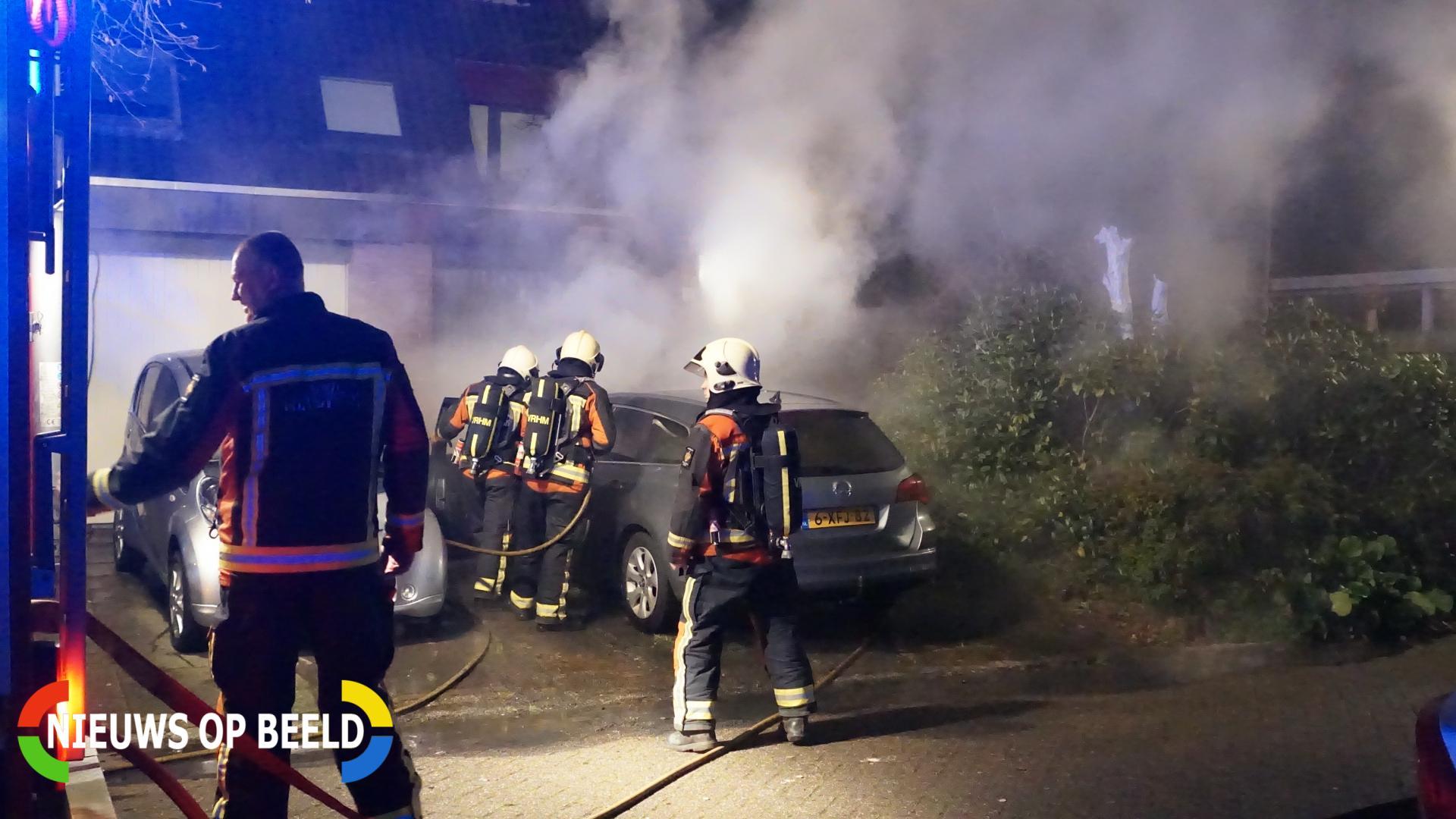 Autobrand slaat over naar garage Jan van Riebeecklaan Gouda