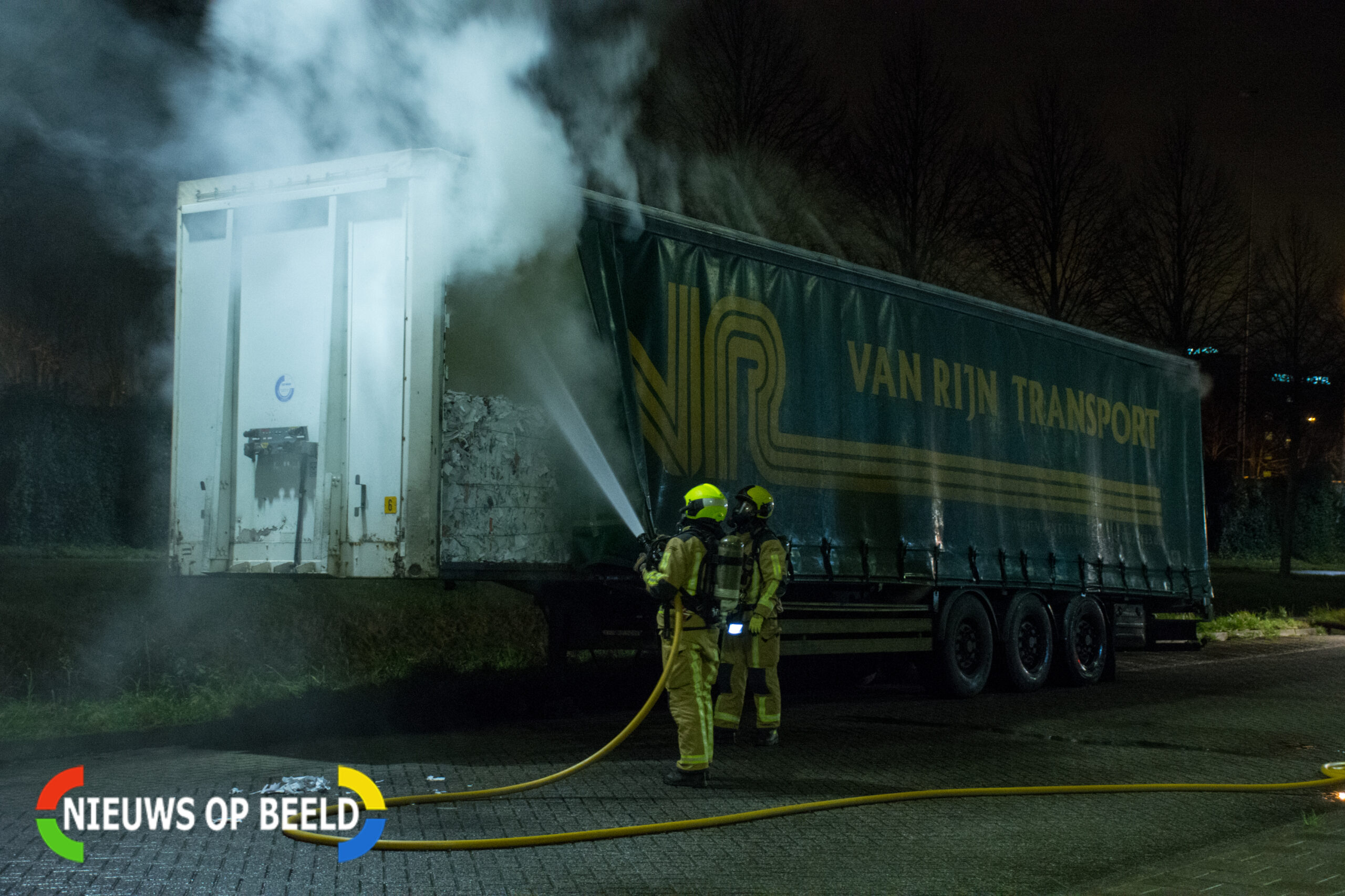 Brand in trailer met papier naast Penitentiaire Inrichting Zoetermeer