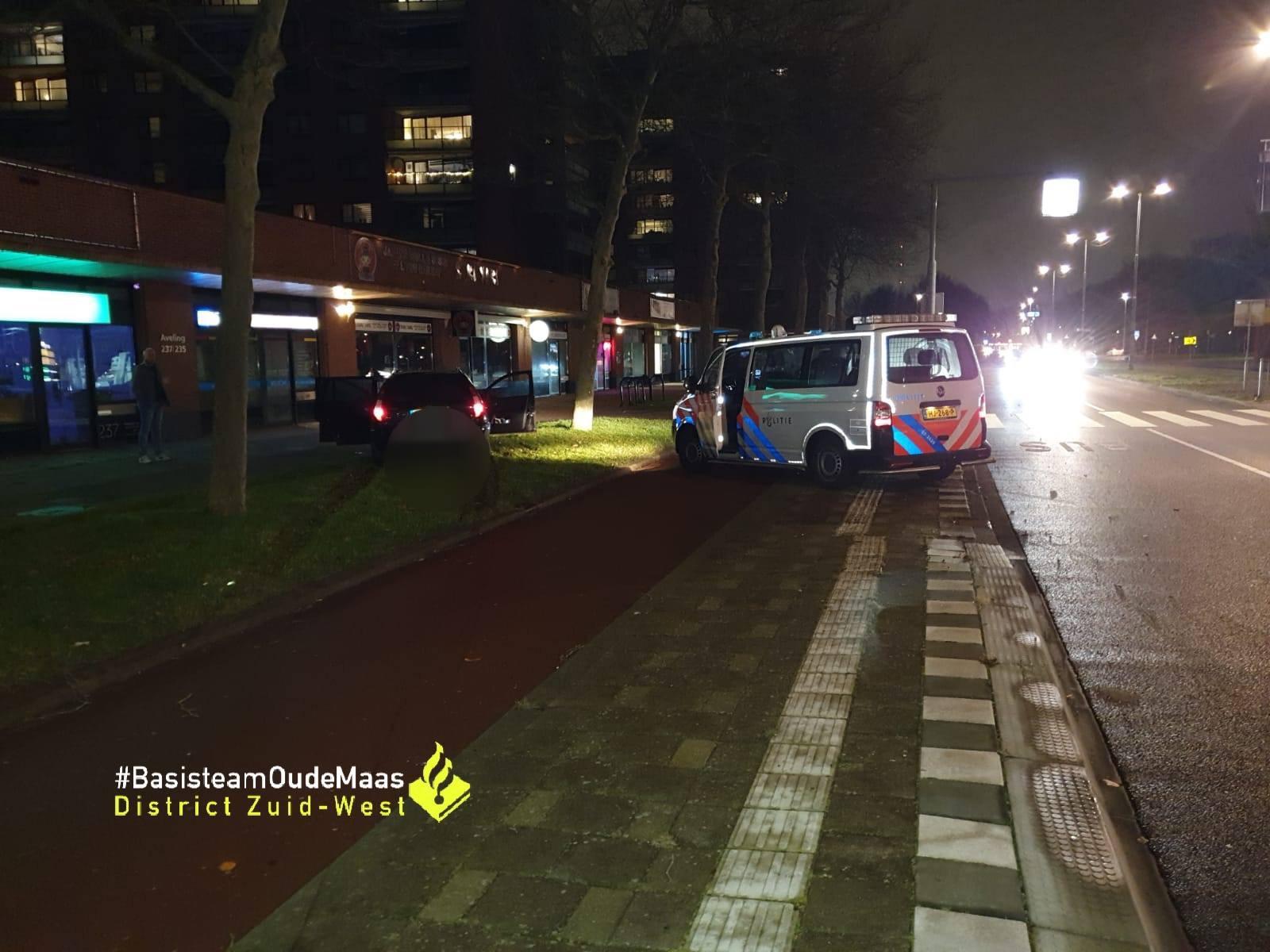 Auto crasht na achtervolging door Hoogvliet