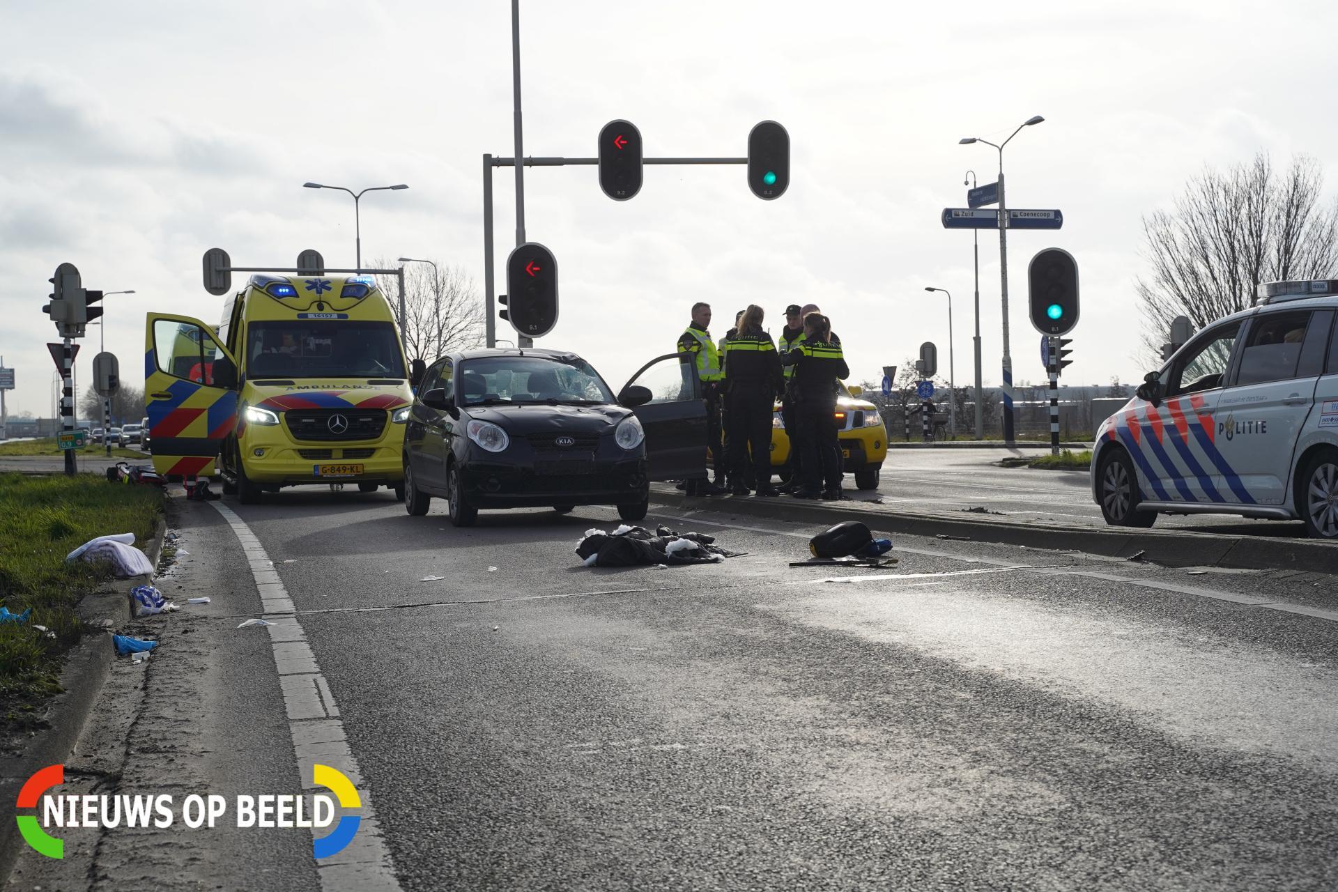 Overstekende fietsster zwaargewond bij aanrijding met auto Kanaaldijk – N454 Waddinxveen
