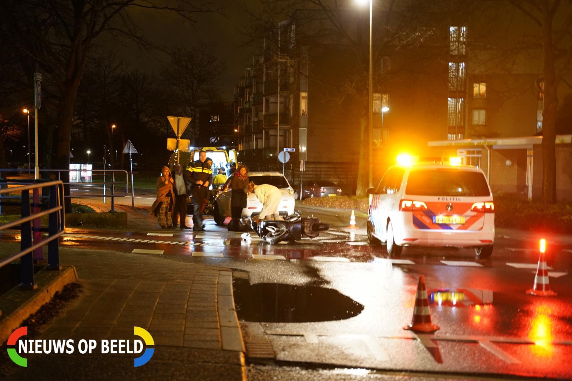 Brommerrijder gewond na aanrijding Juweellaan Zoetermeer