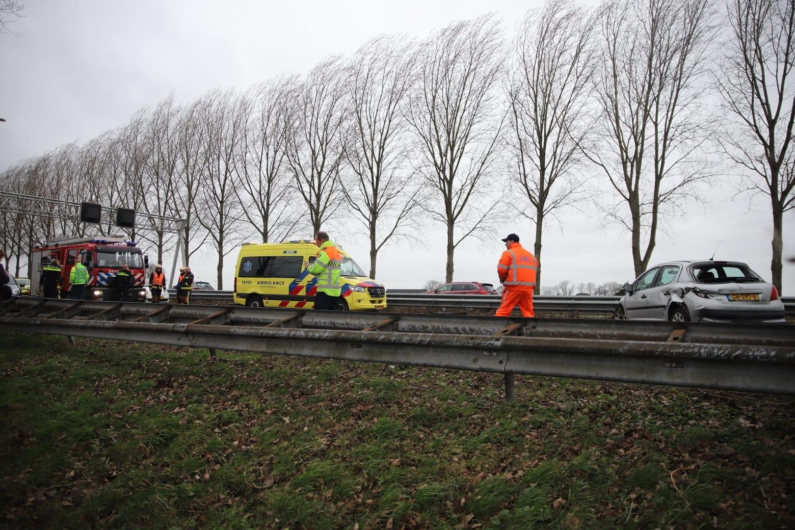 Snelweg A20 dicht richting Moordrecht na ongeval bij Moordrecht