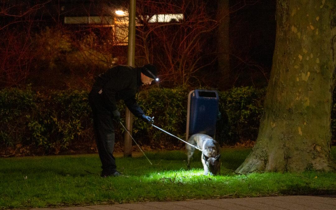 Politie zoekt uren lang naar sporen P.C. Boutenssingel Capelle aan den IJssel