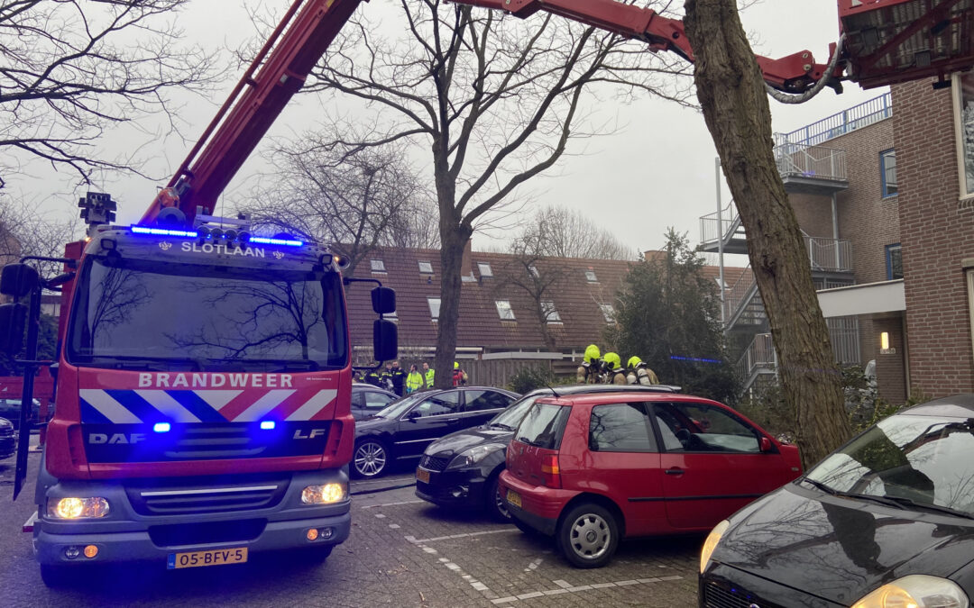 Felle brand in woning van zorgcomplex Vaasahof Rotterdam