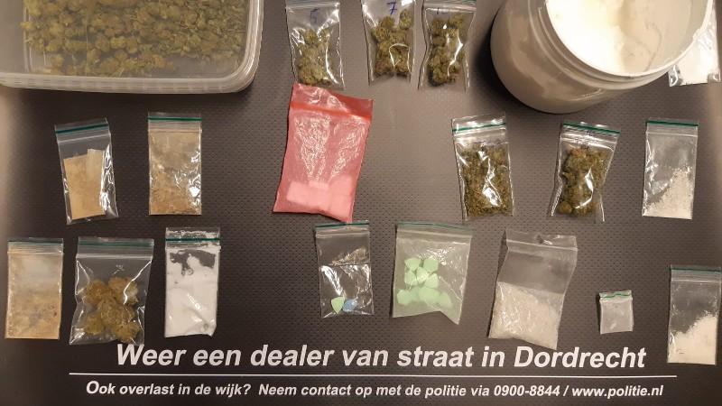 Drugsactie na overlast leidt tot twee arrestaties in Dordrecht