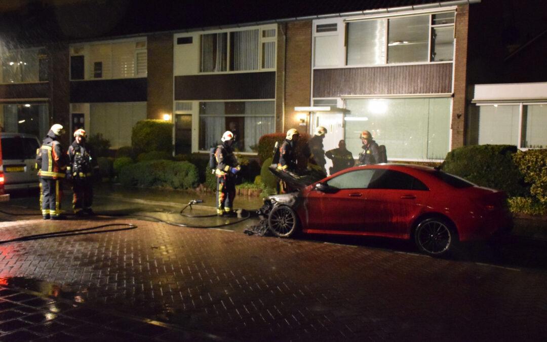 Zoveelste auto in brand Vondellaan Waddinxveen