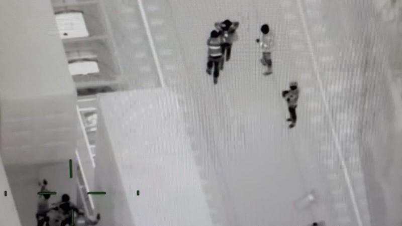 Havenmedewerker en vier verdachten aangehouden in Rotterdamse haven