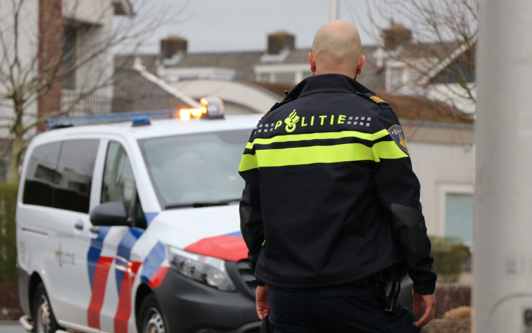 Politie beëindigt verjaardagsfeest in Dordrecht