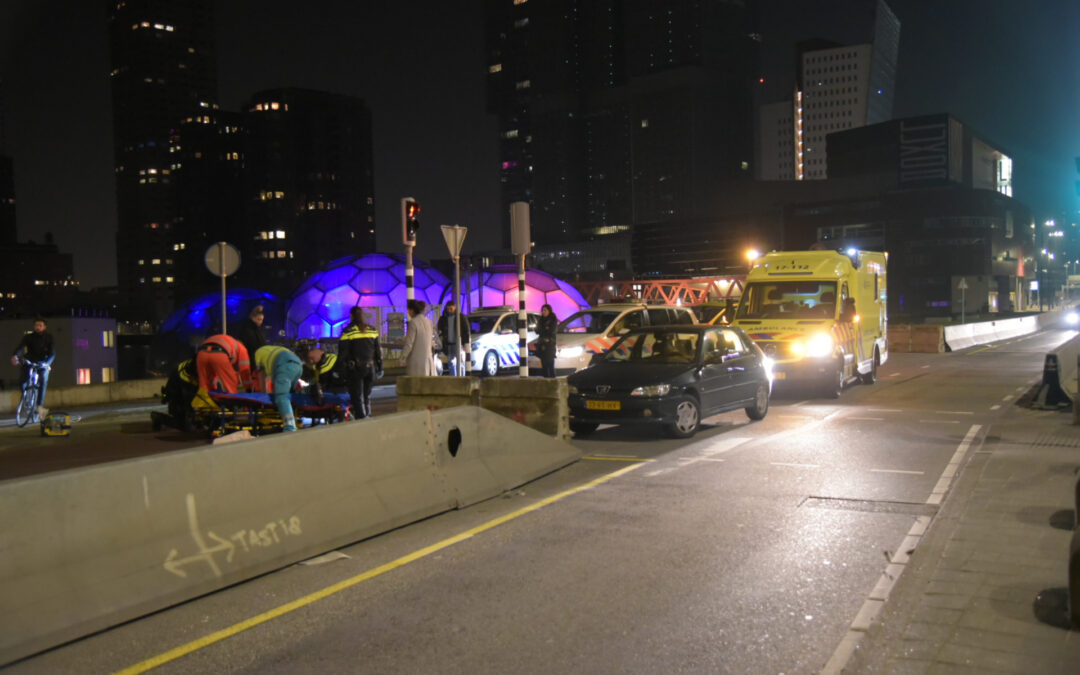 Scooterrijdster raakt zwaargewond na eenzijdig ongeval Posthumalaan – S122 Rotterdam