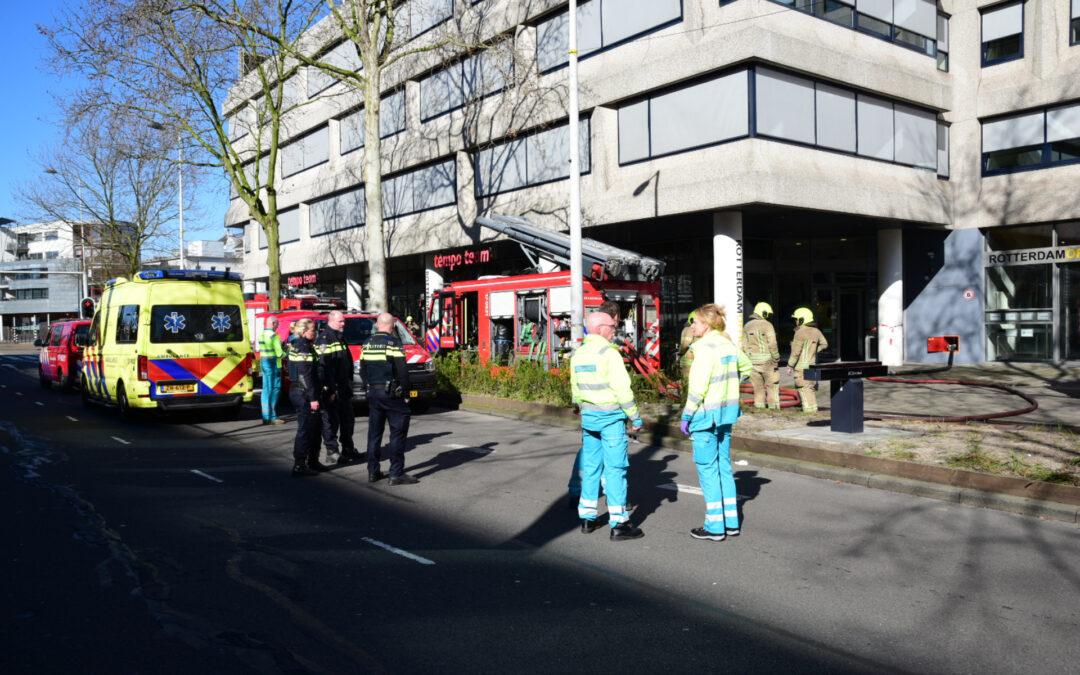Brandweer uitgerukt voor brand in kantoorpand Westblaak Rotterdam