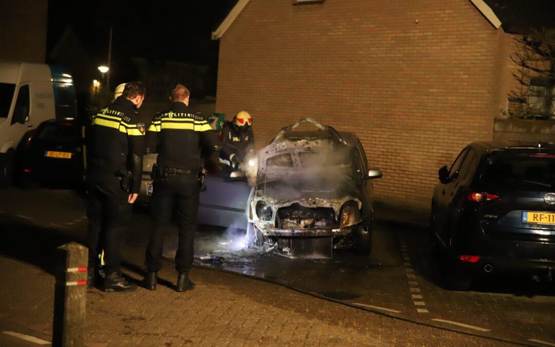 Ondanks aanhouding toch weer autobrand in Waddinxveen