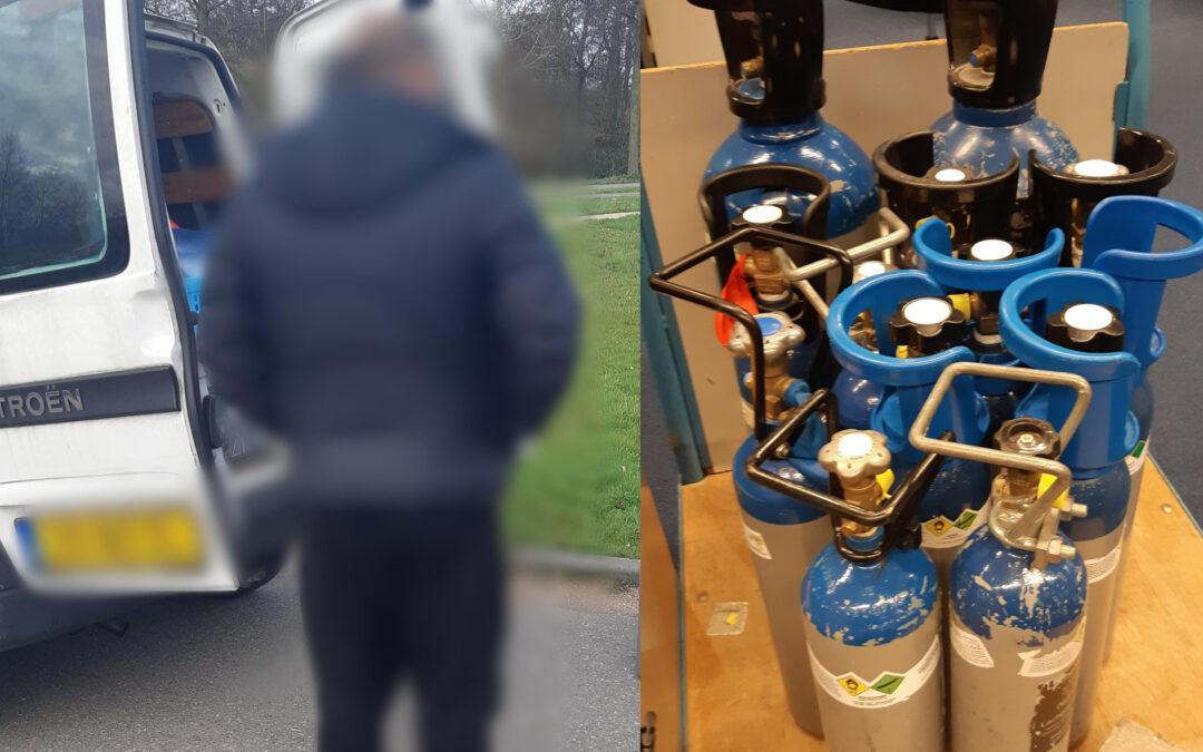 Aanhoudingen na overdracht gasflessen met lachgas in Reeuwijk