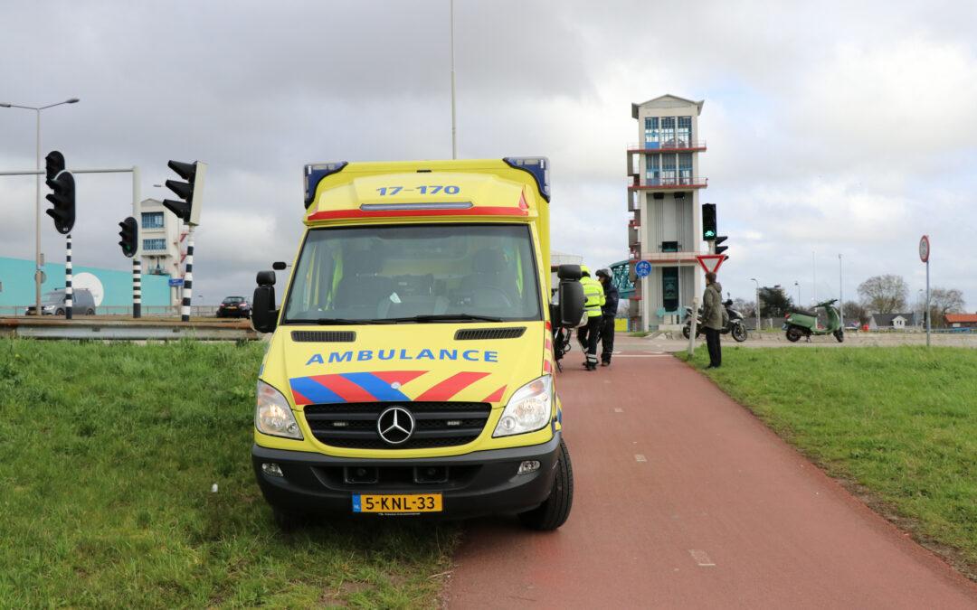 Racefietser gewond na botsing met scooter Nijverheidstraat Capelle aan den IJssel