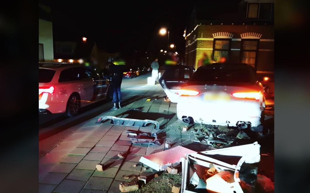 Bizarre snelheden en crash in Reeuwijk na achtervolging vanuit Noord-Brabant