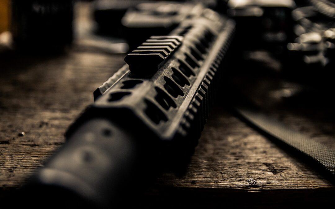 Politie zoekt eigenaar AK-47 in garagebox Narcisstraat Capelle aan den IJssel