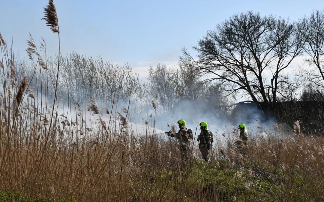 Buitenbrand op Industrieterrein Kickersbloem Christiaan Huygensweg Hellevoetsluis