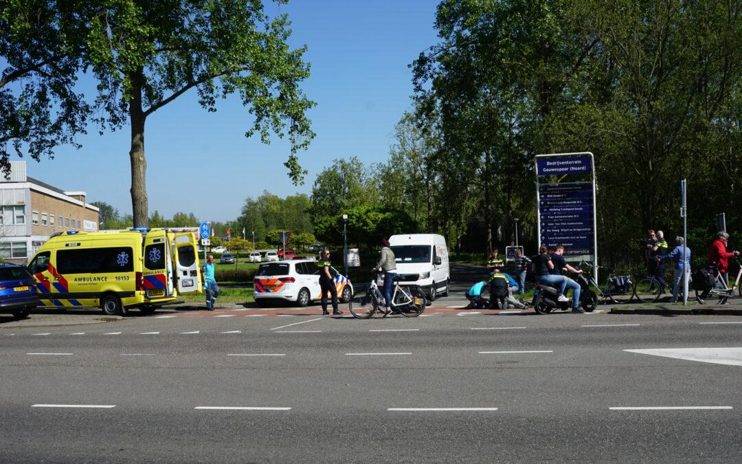 Scooterrijder gewond na ongeval Nieuwe Gouwe O.Z Gouda