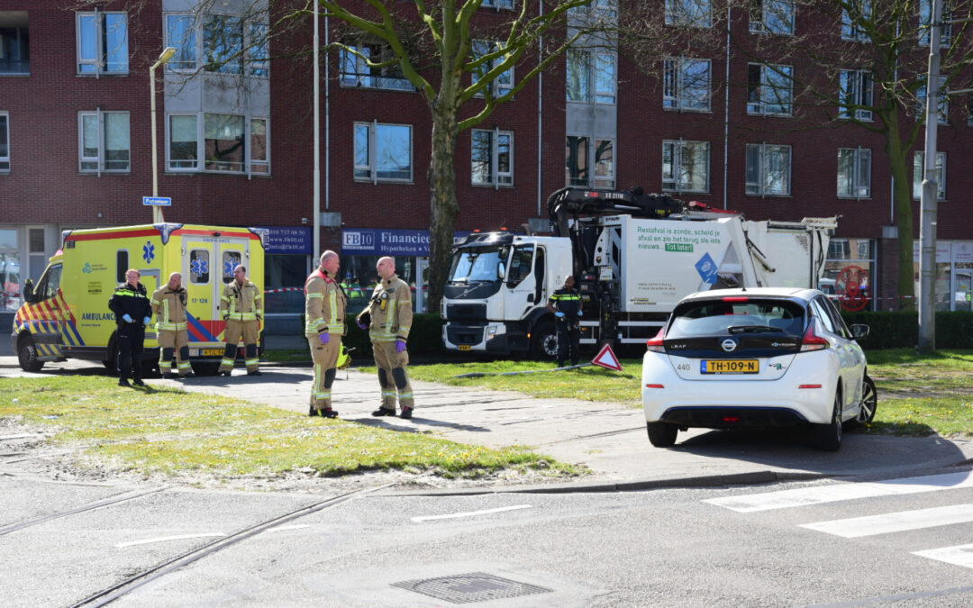 Vrouw (85) overleden na aanrijding met vuilniswagen Putselaan – S120 Rotterdam