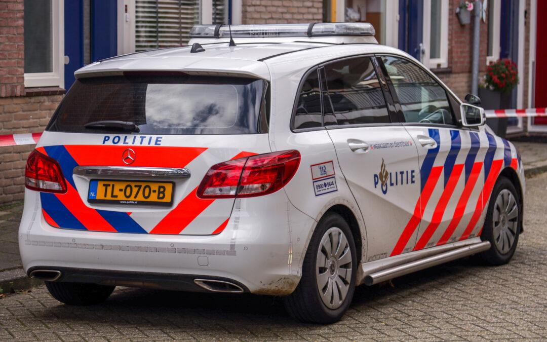 Twee gewonden na steekpartij in woning Westzeedijk Rotterdam