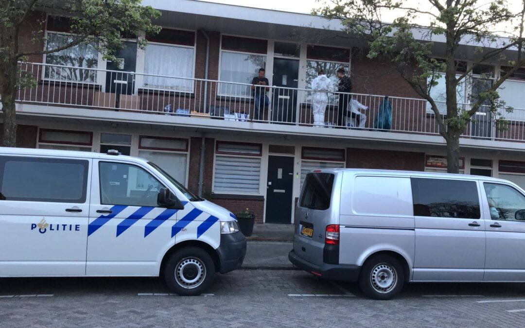 Overleden bewoonster lag mogelijk al geruime tijd in de woning Gratamastraat Rotterdam