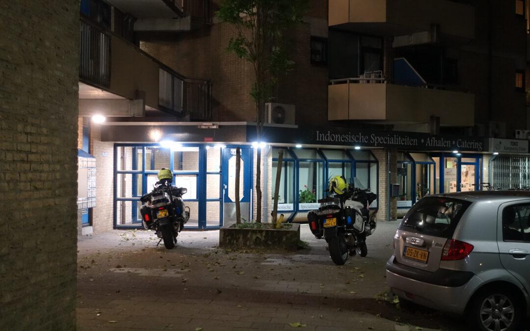 Persoon valt van twee hoog naar beneden en raakt gewond Velddreef Zoetermeer