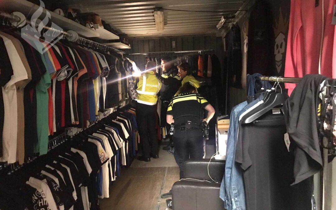 Containers vol nep-merkkleding aangetroffen in 's-Gravendeel