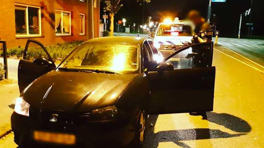 Vrouw zonder rijbewijs scheurt met 170km/u over de A20 bij Vlaardingen