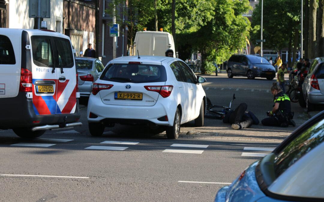 Fietser gewond bij aanrijding met auto Franselaan Rotterdam