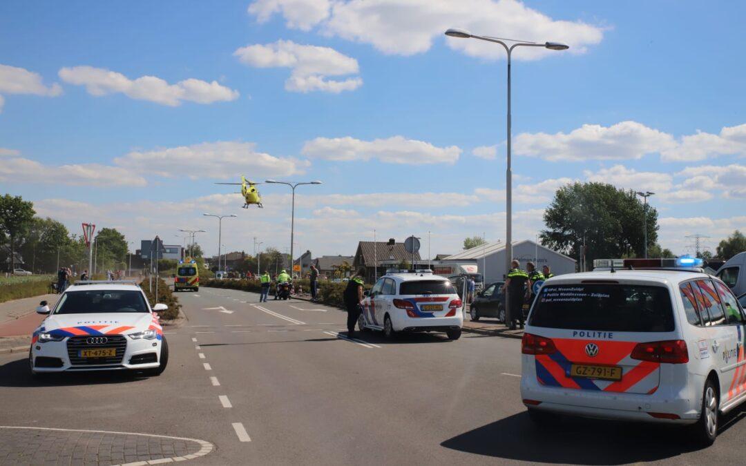 Zwaargewonde na aanrijding met auto op Laan van Avant-Garde in Nieuwerkerk aan den IJssel