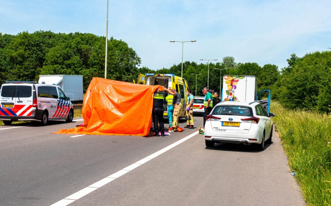 Motorrijder zwaargewond na eenzijdig ongeval Kilweg Barendrecht