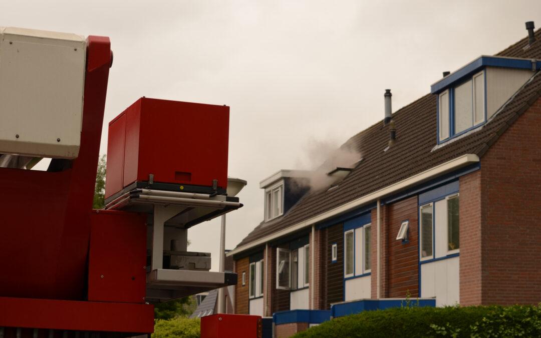 Brand in meterkast zet woning vol rook Vrijenban Delfgauw