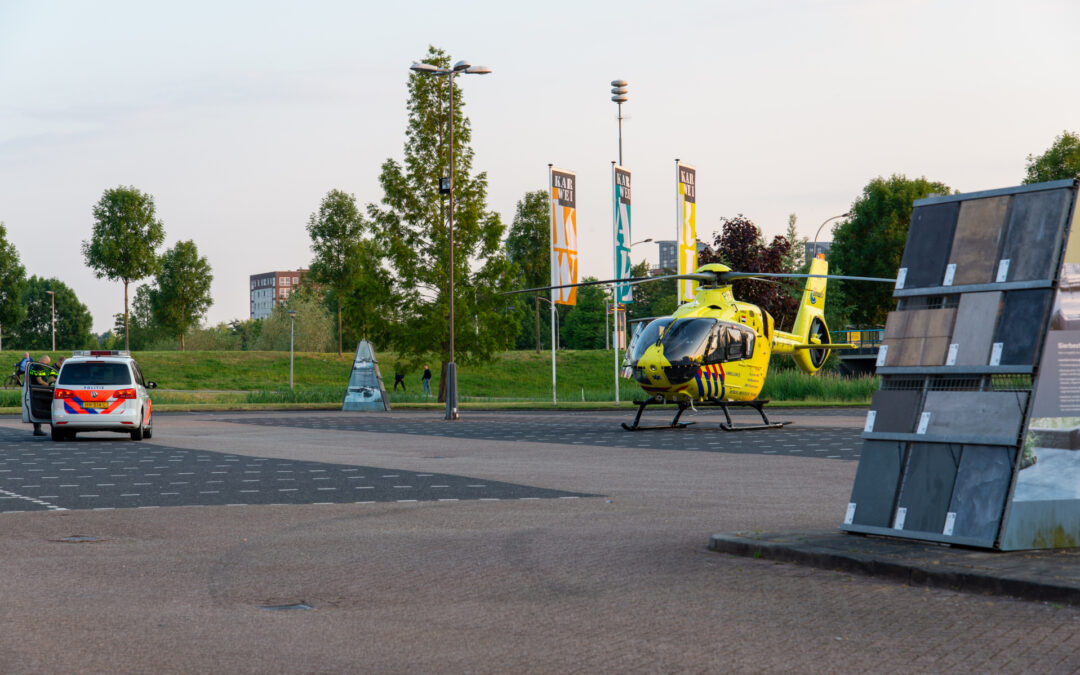 Traumahelikopter opgeroepen voor medische noodsituatie Lauwersmeer Barendrecht