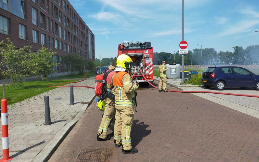 Ondergrondse stroomkabels vliegen in brand Van der Duijn van Maasdamweg Rotterdam